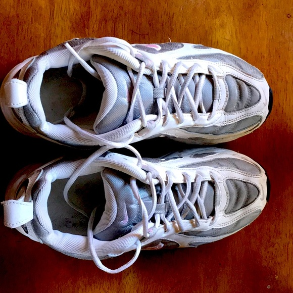 Nike Shoes | Athletic Size 9 12 Wide